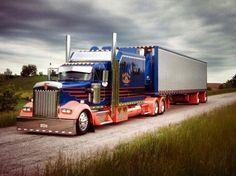 Custom W900 Big Rig