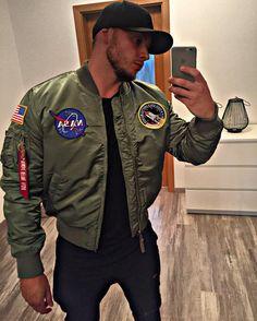 Alpha alphaindustries bomberjacket bomberjacke gayfetish dude