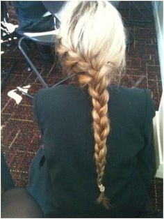 11 Everyday Hairstyles for French Braid - PoPular Haircuts My Hairstyle, Pretty Hairstyles, French Hairstyles, Hair Updo, Braid Hairstyles, Natural Hairstyles, Short Hairstyles, Love Hair, Gorgeous Hair