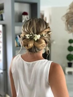 65 bridal hairstyles trends for the 2019 season - - Long Hair Wedding Styles, Wedding Hair Down, Wedding Updo, Long Hair Styles, Fancy Hairstyles, Wedding Hairstyles, Fancy Updos, Wedding Hair Inspiration, Flowers In Hair