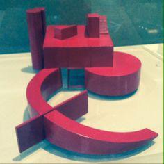 Figuras superpuestas obra de Bernard Tschumi - Centre Pompidou Musée National d'Art Moderne en Paris.