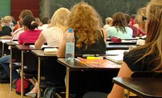 Classroom Layouts: Seating Arrangements for Effective Learning - AmpliVox Sound Systems Blog