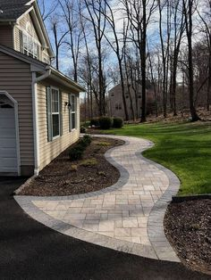 Beautiful Front Yard Pathways Landscaping Ideas (27)  #LandscapingIdeas