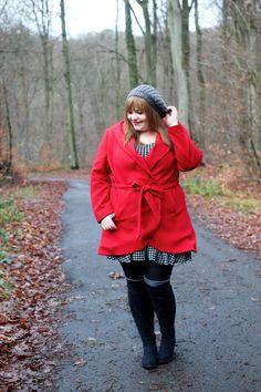 kathastrophal.de | Plus Size Outfit - Red Coat