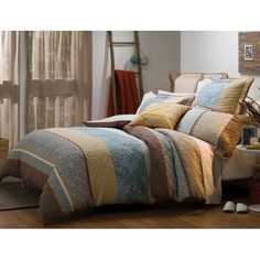 Bargain - $109.95 (was $149.95) - Misaki Queen Quilt Cover @ Bed Bath N` Table