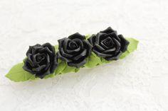 Cheveux barrette polymer clay fleur trois roses noires
