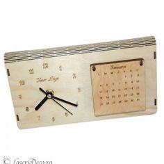 Ceas de lemn cu calendar 2016