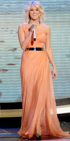 Carrie Underwood grabbed the spotlight in Oliver Tolentino