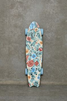 Dear Mister/Misses Easter Bunnnie, this is the longboard that i want. Love yours truly -kylienicolelarsen
