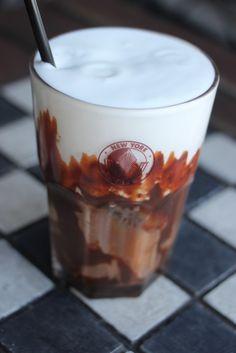 Receita de Iced Mocha | Chef Luiz Santo, New York Café (Curitiba) - http://www.magazinefeminina.com.br/receita-de-iced-mocha/
