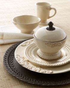 GG Collection Four Grazia Dinner Plates traditional dinnerware
