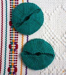 Bernat pipsqueak bear skin rug free knitting pattern bernatbaby ravelry wine glass slip on coaster pattern by terry morris fandeluxe Image collections