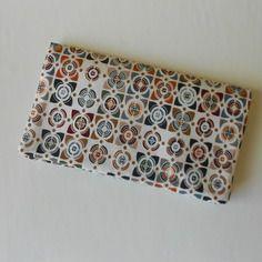 Porte-chéquier/porte-cartes en tissu géométrique