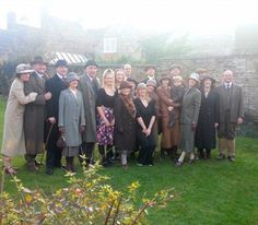 tragic-cranky-porcelain-doll:  The cast of Downton Abbey filming...