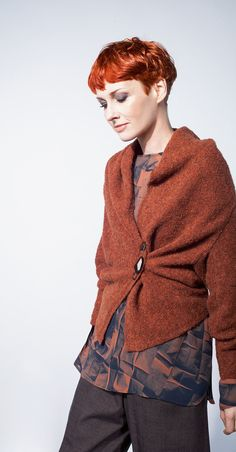 OSKA is comfortable Fashion, that is sophisticated and individual! Discover the OSKA products of the season in our online shop. Look Fashion, Fashion Outfits, Womens Fashion, Librarian Chic, Sweater Refashion, Comfortable Fashion, Knitwear, Casual Outfits, Textiles