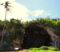 Cueva Maria de la Cruz en Loíza, P.R./Maria de la Cruz Cave in Loiza P.R.