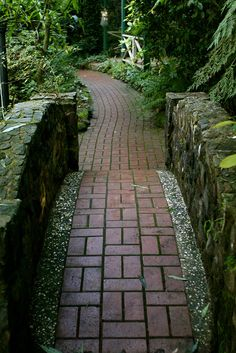 the red brick path by spider lily via flickr - Brick Garden 2015