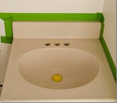 How to paint a sink: easy and inexpensive solution to fix an ugly sink. Includes products used and a step-by-step tutorial with pictures on how to do it yourself. Small Bathroom, Bathroom Ideas, Bathroom Green, Bathroom Stuff, Bathroom Sinks, Remodel Bathroom, Design Bathroom, Washroom, Shower Ideas
