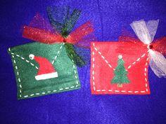 Christmas felt envelope gift card holder by DeCoitesDeCrafts