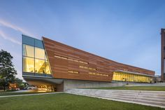 Gallery of Lawrence Public Library / Gould Evans - 2