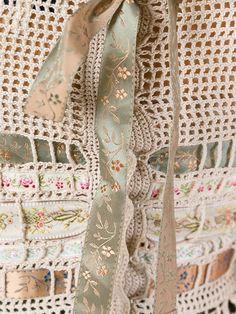 View album on Yandex. Crochet Art, Crochet Round, Crochet Home, Crochet Doilies, Crochet Stitches, Doily Patterns, Knitting Patterns, Crochet Patterns, Summer Knitting