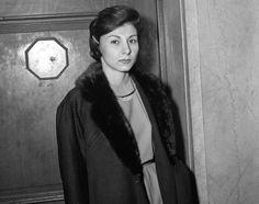 Mob molls of New York City: Female companions of Mafia men