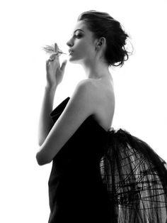 Anne Hathaway by Mario Testino