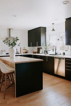 Ikea kitchen cabinets QA with Nadine Stay Ikea Kitchen Reviews, Ikea Kitchen Cabinets, Kitchen Countertops, Black Kitchens, Home Kitchens, Kitchen Cabinets Black And White, Black Ikea Kitchen, Ikea Kitchens, Country Kitchens