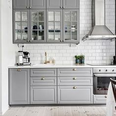 44 Magnificient Ikea Kitchen Design Ideas For Home To Try - Most Ikea customers are already familiar with the planner tools that Ikea provides. Ikea planner tools gives you a chance to become an Interior Design. Home Kitchens, Kitchen Design, Kitchen Renovation, Home Decor Kitchen, Kitchen Interior, Ikea Kitchen Design, Kitchen Layout, Ikea Bodbyn Kitchen, Interior Design Kitchen Small
