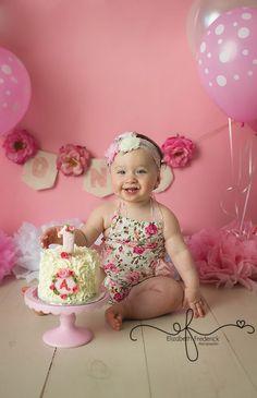 CT-Smash-Cake-Photographer-Elizabeth-Frederick-photography-ap-3.jpg 620×960 pixels