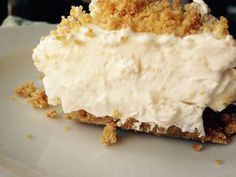 This dessert is exactly what the title says – a dream! And it's an easy one too! This reminds me of Shelby's Pineapple Pretzel Salad ( only add a few more ingredients – … Summer Desserts, No Bake Desserts, Easy Desserts, Delicious Desserts, Dessert Recipes, Yummy Food, Salad Recipes, Awesome Desserts, Cake Recipes