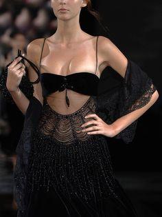 51 ideas fashion show dress gowns haute couture for 2020 Style Haute Couture, Couture Fashion, 90s Fashion, Runway Fashion, High Fashion, Fashion Show, Fashion Outfits, Womens Fashion, Fashion Pics