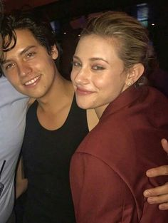 Pin by kaavya banerji on cole sprouse Cole Sprouse Funny, Dylan Sprouse, Dylan O'brien, Stranger Things, Riverdale Betty And Jughead, Cole Sprouse Wallpaper, Lili Reinhart And Cole Sprouse, Zack Y Cody, Cole Sprouse Jughead