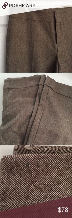 Banana Republic - Herringbone Tweed Trouser Pants Incredibly chic trouser pants that will take you from fall to spring in brown herringbone tweed. Fits straight through hip and thigh with a slightly flared, cuffed leg. Fully lined. Tiny hole at waistband covered by most tops (see last photo) otherwise, great condition. Banana Republic Pants Trousers