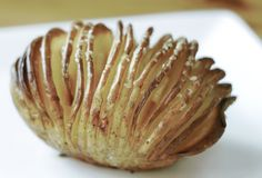 Hasselback Potatoes, Baked Potato, Barbecue, Cabbage, Good Food, Food And Drink, Homemade, Snacks, Vegan