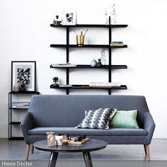 Der Raum wird durch das Regal als Wanddeko ästhetisch aufgewertet, denn durch die besondere gitterähnliche Form ist das Regal dekorativ und praktisch zugleich. - mehr auf roomido.com