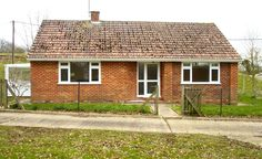 chalet-brick-bungalow-before