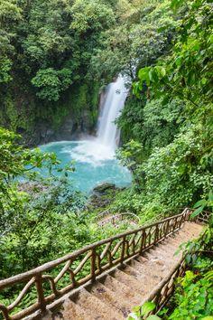 Rio Celeste Costa Rica, Travel Pictures, Travel Photos, Fortuna Costa Rica, Costa Rica Pictures, Cost Rica, Costa Rica Travel, Beautiful Places To Travel, Travel Aesthetic