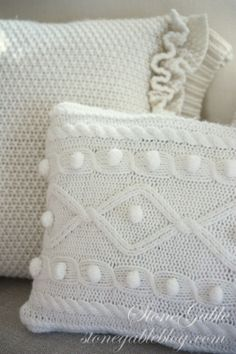 diy pillow from sweaters | SWEATER PILLOW TUTORIAL
