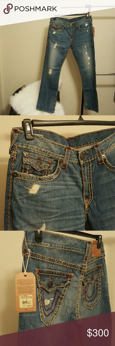 Nwt True Religion jeans Brand new never worn Relaxed Straight True Religion Jeans. Has burgandy and tan stitching accents. If more photos are needed feel free to ask. True Religion Jeans Relaxed
