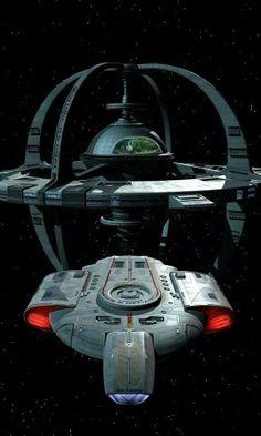 New Deep Space Nine/ Defiant