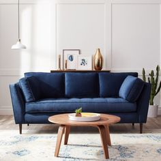Living Room Ideas With Dark Blue Sofa.Mysterious And Sophisticated Dark Living Room Design. Blue Velvet Sofas With Creative Living Room Decor Ideas. Modern Blue Sofa For Living Room Decoration . Home Design Ideas Blue Couch Living Room, New Living Room, Living Room Furniture, Small Living, Dark Blue Couch, Navy Blue Sofa, Navy Couch, Blue Sofas, Blue Sectional