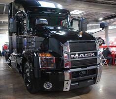 The new Mack Anthem. Peterbilt, Freightliner Trucks, Volvo Trucks, Mack Trucks, Big Rig Trucks, New Trucks, Custom Trucks, Chevy Muscle Cars, Custom Big Rigs