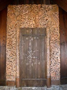 Awesome look doorway in Norway Best Funny Pictures, Funny Photos, Random Pictures, Viking Hall, Portal, Harry Potter, Unique Doors, Kirchen, Doorway