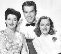 """Rosalind Russell, Fred MacMurray & Constance Moore in """"Take a Letter, Darling"""""""