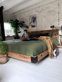 Industrial Style Bedroom, Home Decor Bedroom, Bedroom Ideas, Tuscan Bedroom, Bedroom Rustic, Bedroom Modern, Decor Room, Bedroom Styles, Diy Home Decor