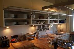 Enormer Stauraum in der Küche - Alles am richtigen Platz