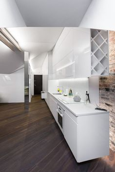 Stunning Modern Attic Apartment Design: Stunning Modern Attic Apartment Design With White Kitchen Island And Kitchen Brick Backsplash Design Attic Playroom, Attic Rooms, Attic Spaces, Attic Loft, Loft Room, Attic Renovation, Attic Remodel, Apartment Interior Design, Kitchen Interior