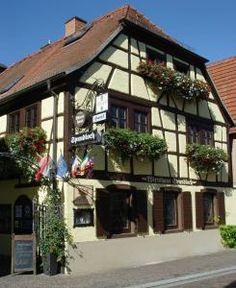 Haben Sie wieder einmal Lust auf einen #Kurzurlaub in #Bayern? Möchten Sie Ihre/n Liebste/n gerne zu einem #Romantikurlaub in ein #Hotel_bei_Würzburg entführen? Oder planen Sie gerade Ihren #Familienurlaub_in_Franken? Dann sind Sie in diesem #Hotel in Veitshöchheim goldrichtig. Herzlich Willkommen im Hotel Spundloch! http://www.spundloch.com/