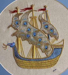 Gold bullion Zardozi Embroidery, Embroidery On Kurtis, Kurti Embroidery Design, Bead Embroidery Patterns, Indian Embroidery, Hand Embroidery Designs, Embroidery Applique, Beaded Embroidery, Embroidery Stitches